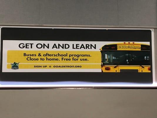 636643112856890746-bus-loop.jpg