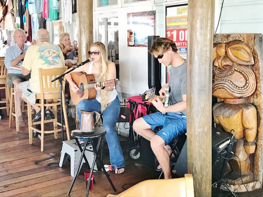 Cobb's Landing in Fort Pierce regularly has musical
