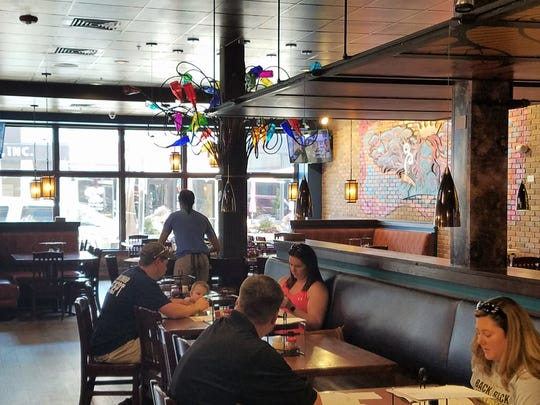 Mellow Mushroom welcomes local artists to help make