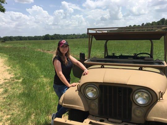 Vera dug the Jeep.