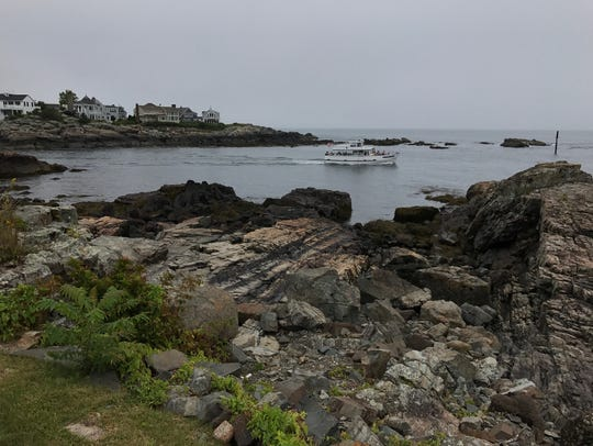 The Ogunquit museum is perched on the cliffs in Maine.