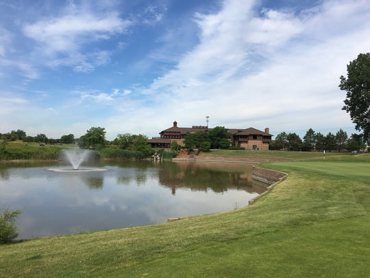 Lakes of Taylor golf course in Taylor.