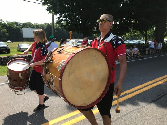 Members of the Patriots Fyfe and Drum Corps of Rhinecliff