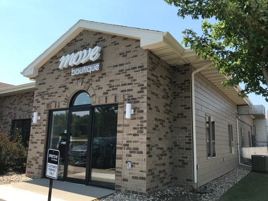 An exterior shot of MOVE Boutique, 6905 S. Louise Ave.