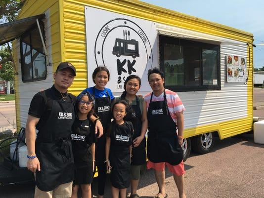 Mikey Siyawong and Tiou Xayavong and family.JPG