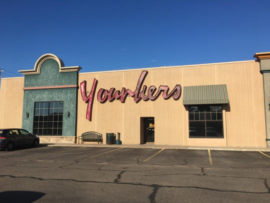 The exterior of the Younkers store located in the Marshfield