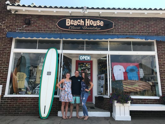 Beach House Clic Board Owner Eric Beyer And His Daughters Emily 22 Melanie 16 In Front Of Their On Main Avenue Bay Head