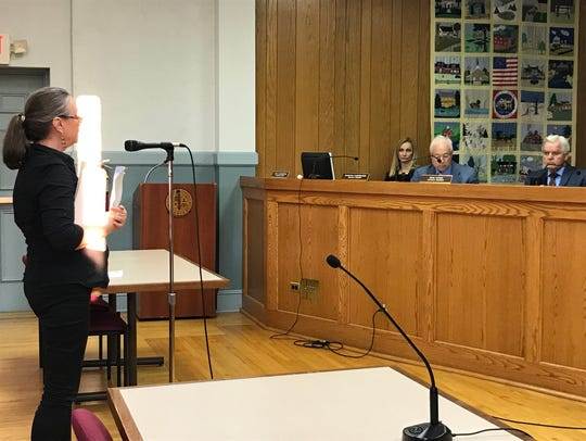 A Saddle River resident speaks out against culling