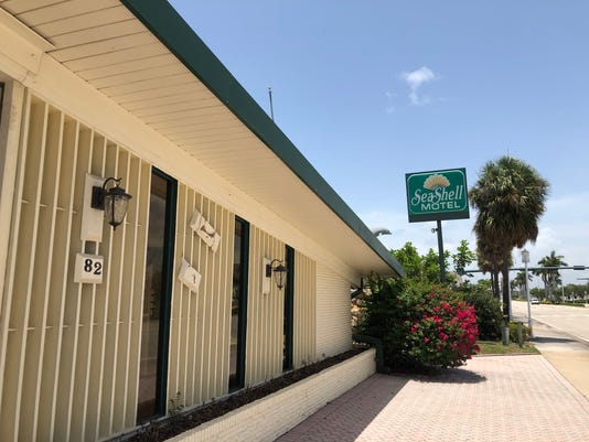 SEA SHELL MOTEL 01