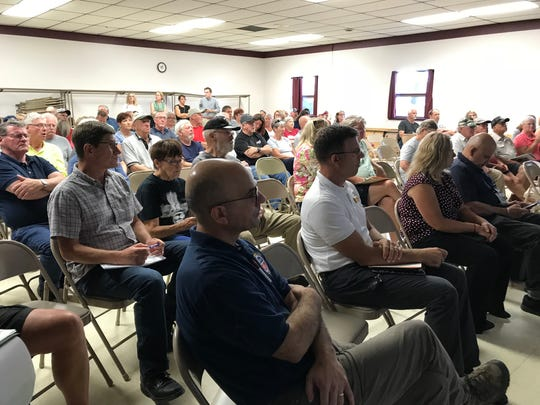 Armenia and Port Edwards residents gather to listen