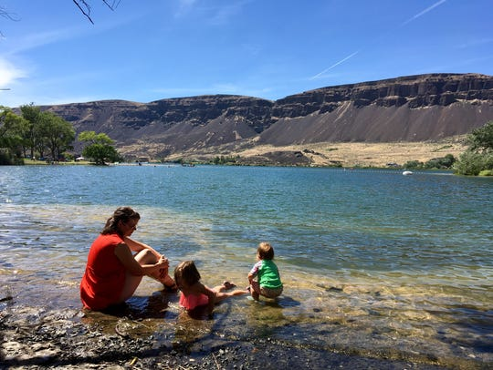 Park Lake, at Sun Lakes-Dry Falls State Park, is the