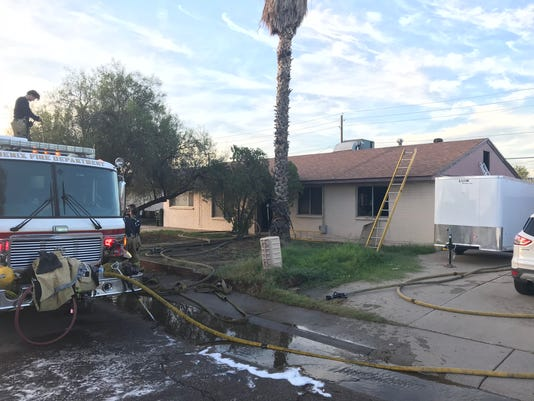 Person found dead in Phoenix house fire