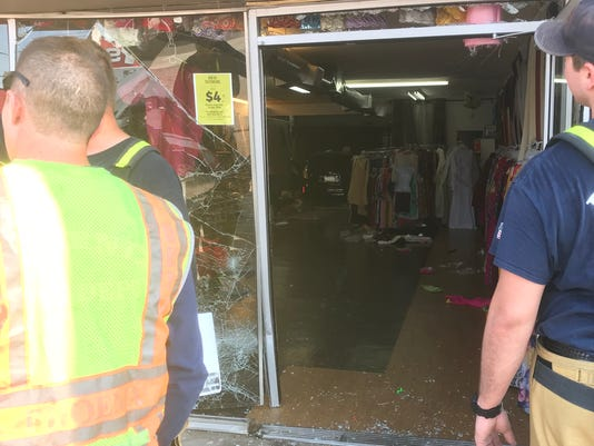 Car crashes into Phoenix store