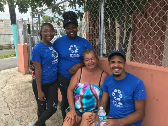 SUNY New Paltz students in Puerto Rico