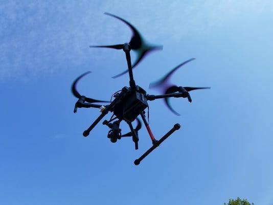 636692062113726029-drone2.jpg
