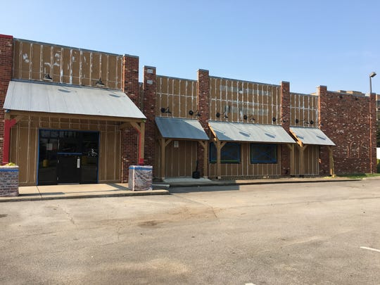 Uncle Bud's Catfish, Chicken and Such plans to return to Murfreesboro at a new location on Old Fort Parkway.
