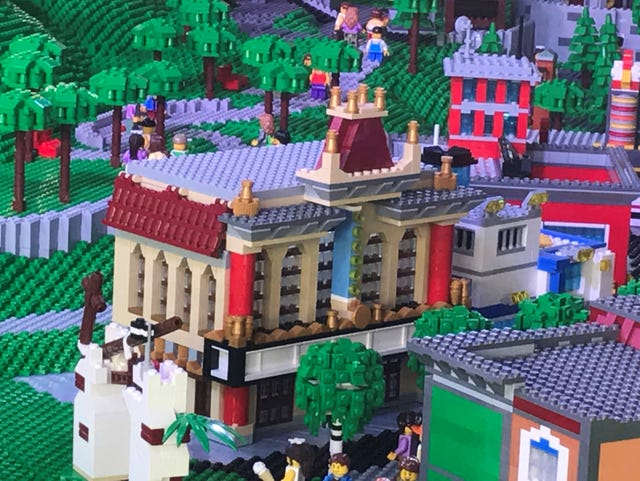This LEGO model gives a preview of LEGOLAND New York, to