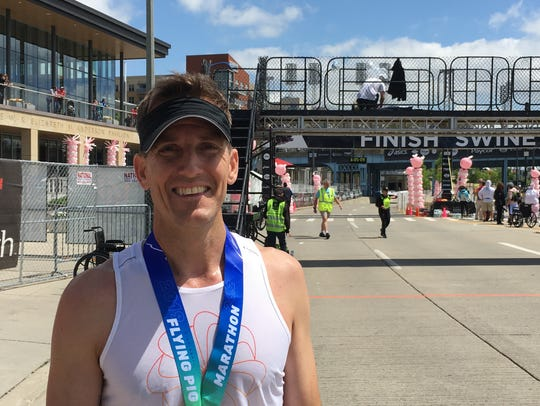 Science teacher Bryce Carlson, who completed a solo row across the Atlantic Ocean in 2018, completed Cincinnati's Flying Pig Marathon's first-ever 6-Way on Sunday, May 5, 2019. Carlson ran a one-mile race Friday, May 3, 2019, 10K and 5K races Saturday, May 4, 2019, as well as a half-marathon and full marathon Sunday, May 5, 2019.