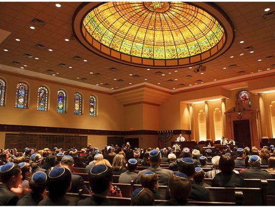 Temple Emanu-El in Closter is hosting a dinner for