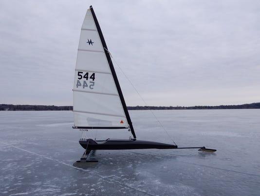 636565323025836402-ice-boat.JPG