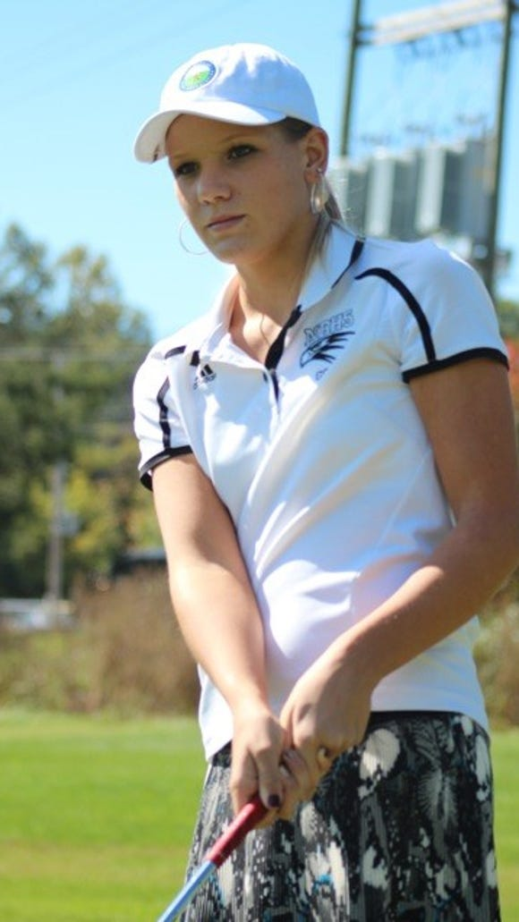 North Buncombe junior Callista Rice has committed to play college golf for Clemson.