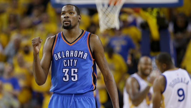 By joining the Golden State Warriors, Kevin Durant proved he's a chicken and afraid of doing things the hard way.