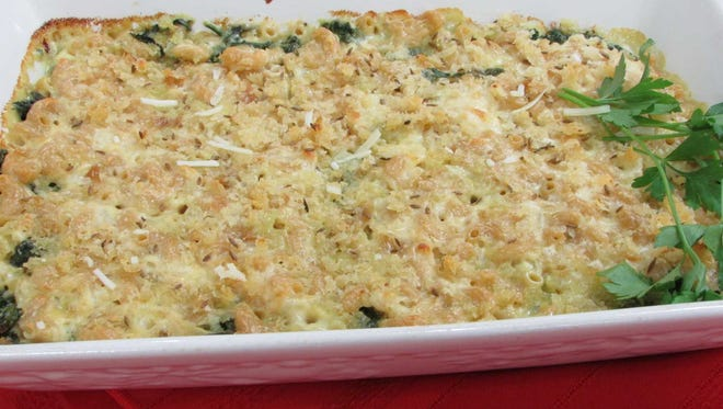 Double-dutch Mac & Cheese with Spinach