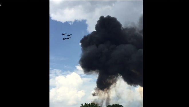 A screengrab from the video showing the U.S. Navy Blue Angels plane crash.