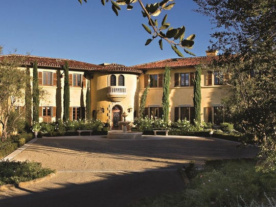 """A stay at the five-bedroom, gated Casa Elar at the Ojai Valley Inn will also accommodate your """"secret service"""" detail."""