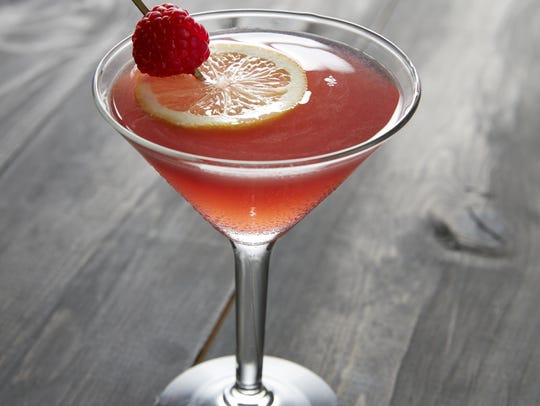 Kona Grill offers the Bee's Knees cocktail.