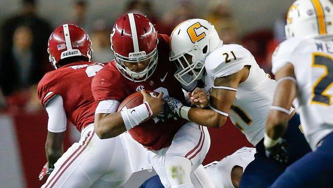 Alabama quarterback Jalen Hurts looks to win his first Iron Bowl as a Crimson Tide starting quarterback Saturday.