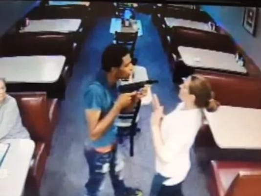 636486928304996474-Pleasant-Ridge-Chili-robbery.jpg