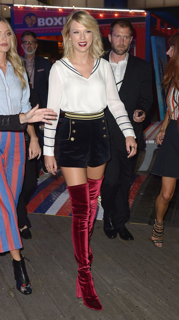 Taylor Swift Shows Up To Support Gigi Hadid In Thigh High