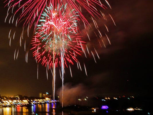 636342499926227663-Memphis-fireworks.JPG