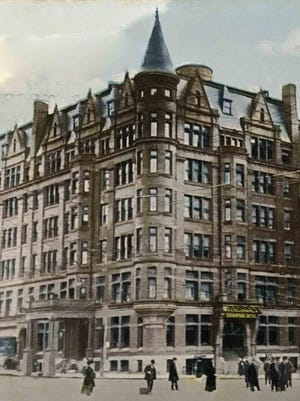 The 1907 banquet of York's Bachelor Club was held in the Colonial Hotel.  The building, now named 18 South George St., is one of the anchors of the southwest corner of Continental Square.