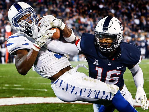 Memphis receiver Anthony Miller sets a school-record