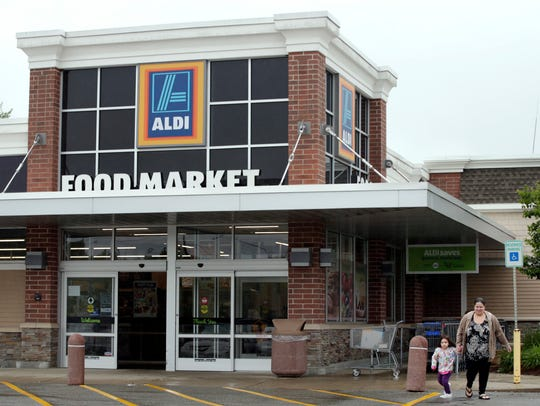 E. coli outbreak linked to Aldi flour after 17 ill; flour recalled in 11 states