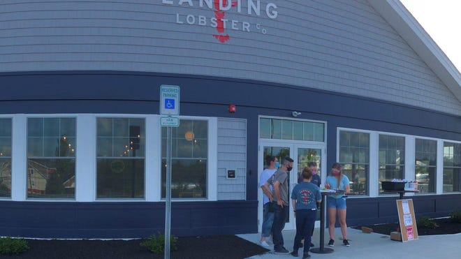 Pepper's Landing opened its 135 Marketplace Blvd. location yesterday, June 8, for outdoor dining and takeout services.