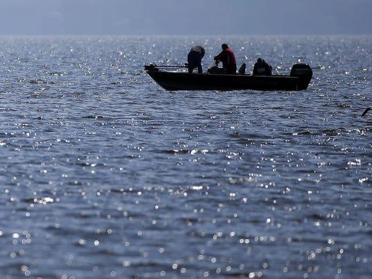 636625771674787515-Fishing-Lake-Winnebago.jpg