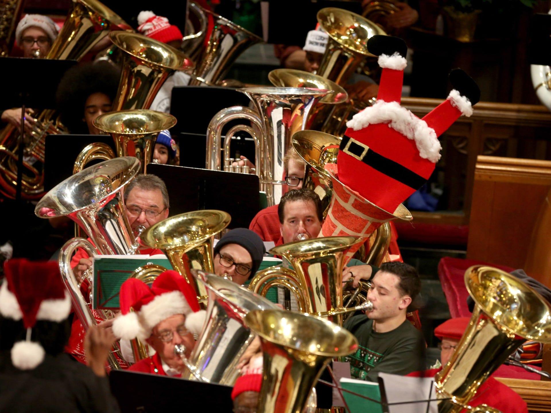 Tuba Christmas.Merry Tuba Christmas 2015