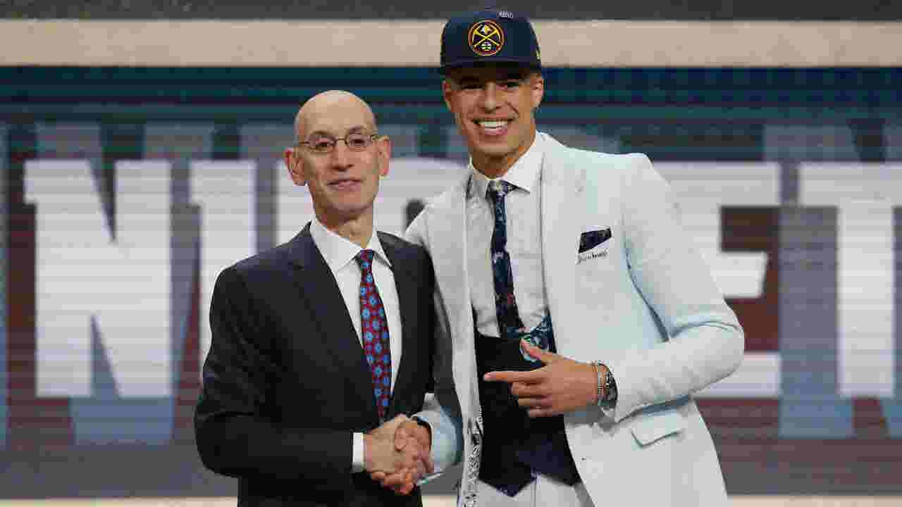 c4471305cd0 Bucks select Donte DiVincenzo with 17th pick in NBA draft