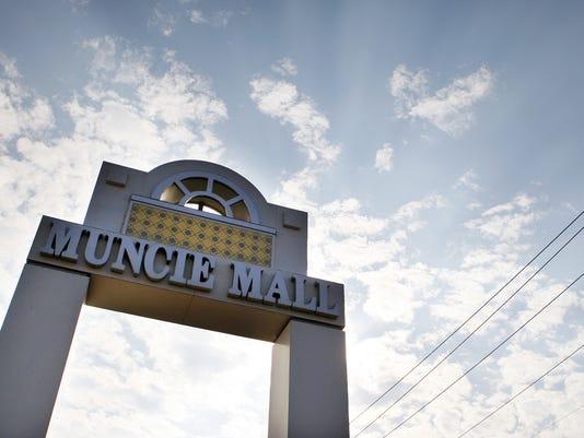 Muncie Mall sign