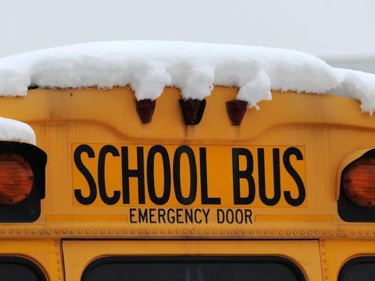 -snowbuses03.jpg20140109.jpg