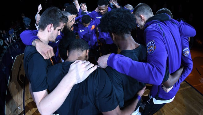 Feb 4, 2018; Phoenix, AZ, USA; Phoenix Suns players huddle prior to facing the against the Charlotte Hornets during the first half at Talking Stick Resort Arena. Mandatory Credit: Joe Camporeale-USA TODAY Sports