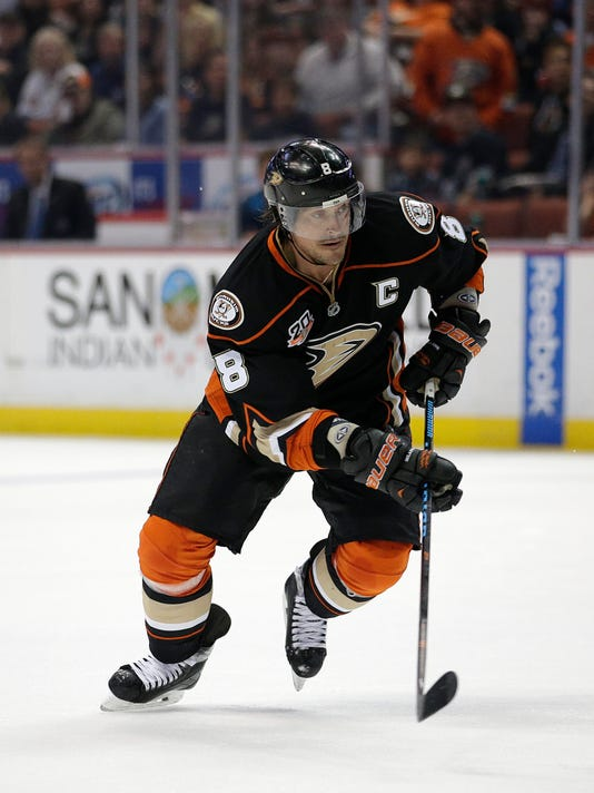 Anaheim Ducks' Teemu Selanne, of Finland, skates during the second period of an NHL hockey game against the Colorado Avalanche on Sunday, April 13, 2014, in Anaheim, Calif. (AP Photo/Jae C. Hong)