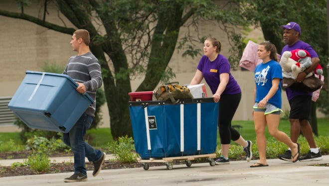 Members of the Chancellor's Cabinet, faculty members, Residential Living staff, students and Pointer Pal volunteers will assist with moving student belongings into the residence halls.