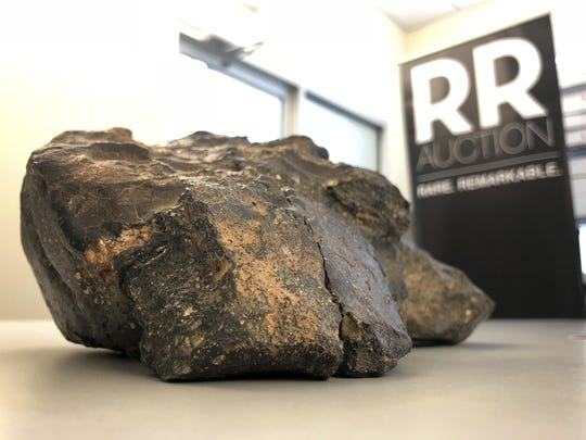 Moon Rock Auction (2)