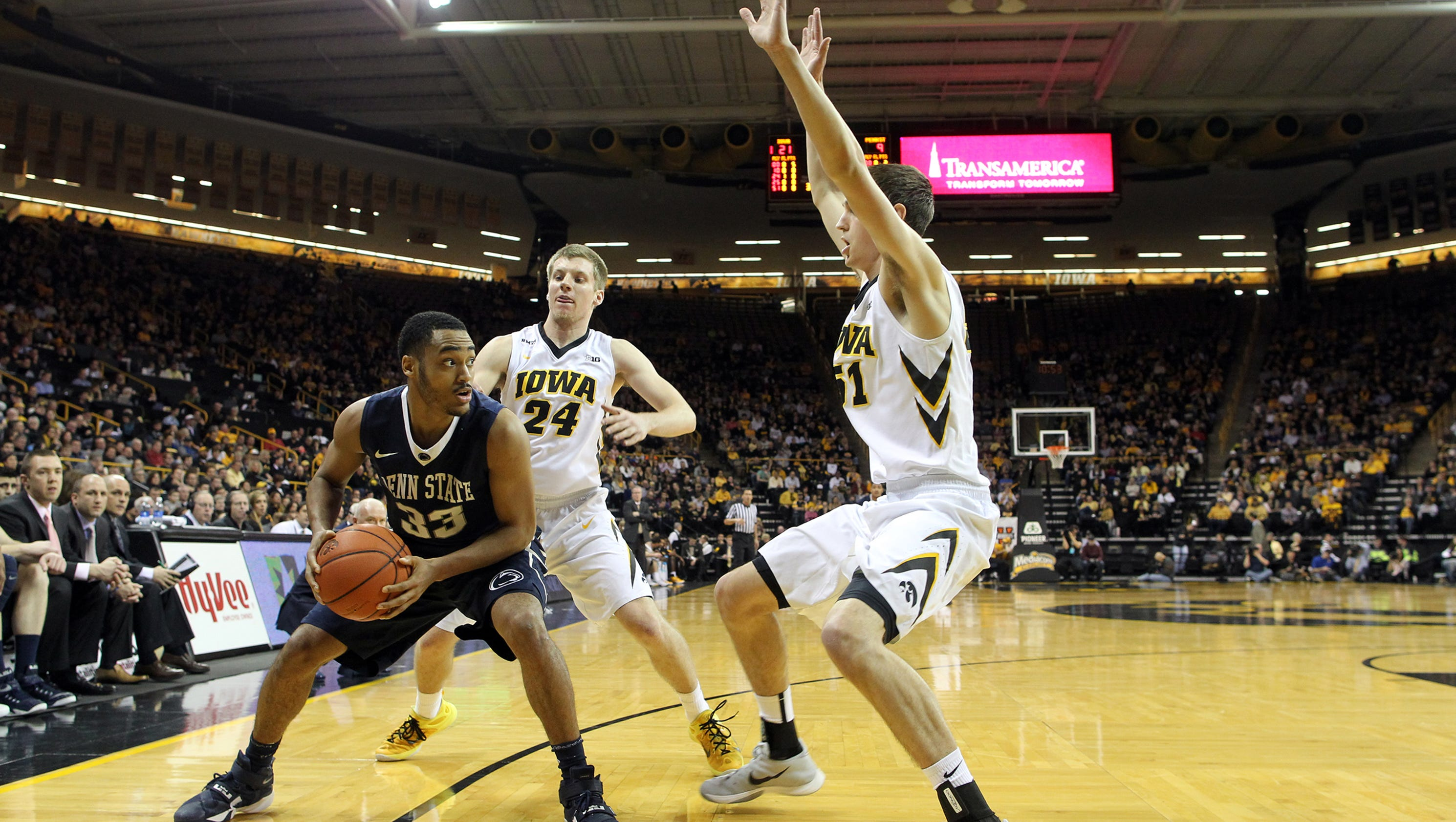 635901305180791961-iow-0203-iowa-mbb-vs-psu-14
