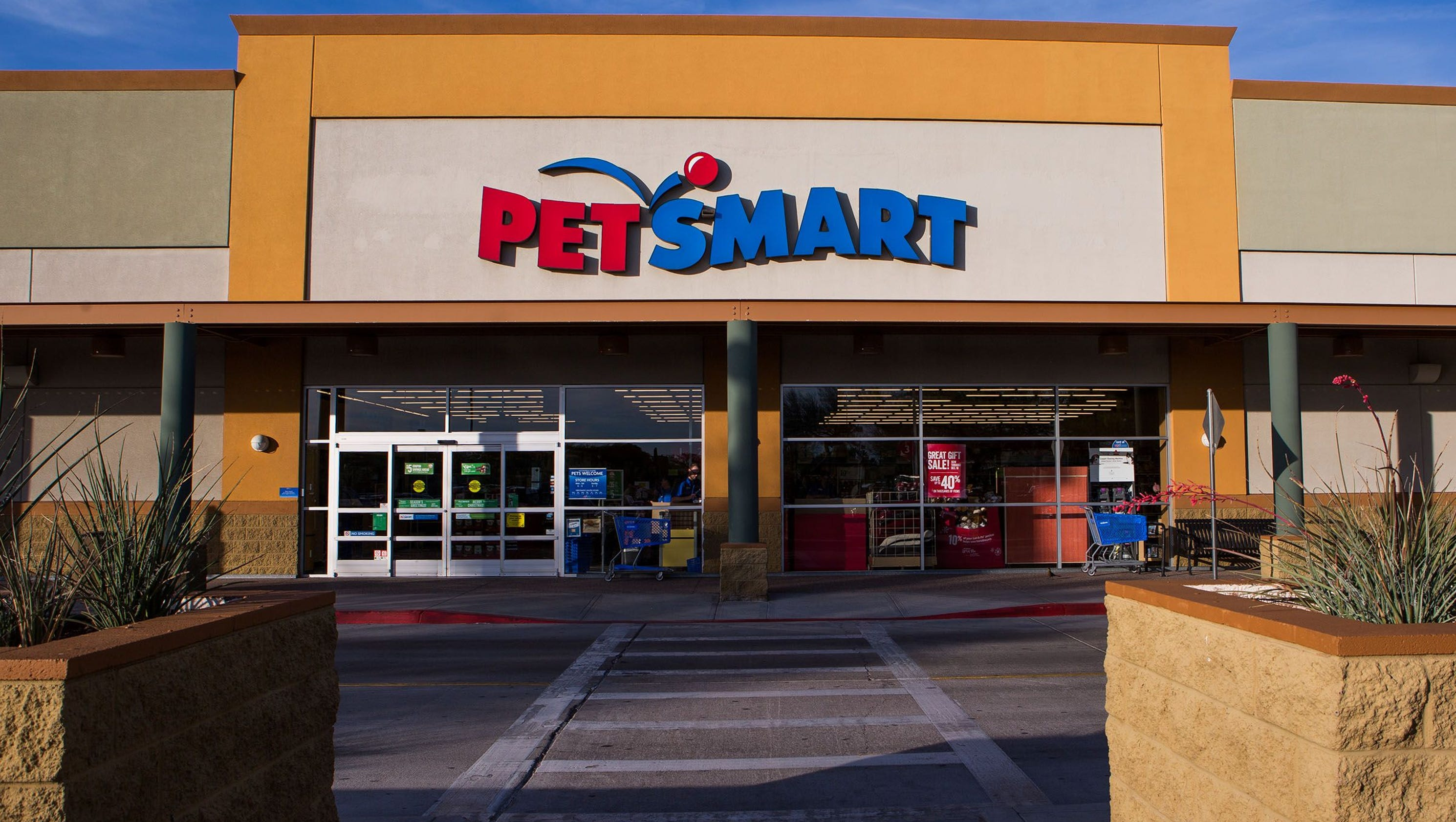 Nashville PetSmart raided, animals confiscated after ...