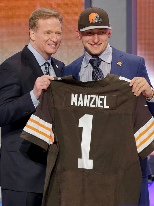 MNCO 0724 Manziel has top-selling jersey.jpg